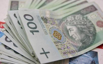 Jak zapewnić Polsce trwały dobrobyt - raport podsumowujący cykl oparacowań i debat na temat trafił d