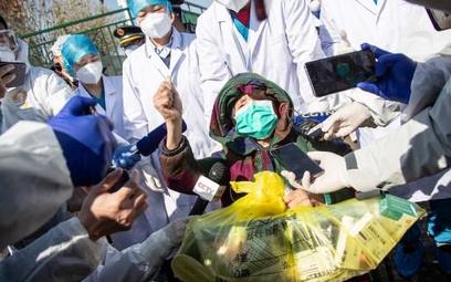 Ukraińcy zabarykadowali miejscowość w obawie przed koronawirusem