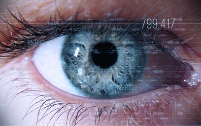 Bioniczne oko może przywrócić wzrok. Testy na ludziach
