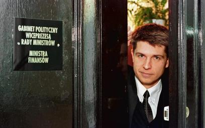Zakulisowo: doradca Leszka Balcerowicza, rok 2000. Pańska klamka niestety nie zmieściła się w kadrze
