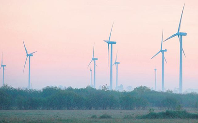 Zgodnie z orzecznictwem sądów administracyjnych budowa elektrowni wiatrowej nie jest inwestycją celu
