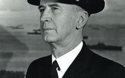 Admirał Ernest J. King, naczelny dowódca floty i szef operacji morskich, fot. z 1945 r.