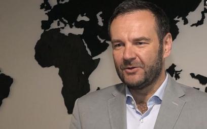 Daniel Puciato jest profesorem w Wyższej Szkole Bankowej we Wrocławiu