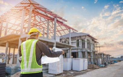 Zmiany w prawie budowlanym: nadzór budowlany najpierw pouczy, a dopiero potem ukarze