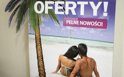 Organizatorzy turystyki pobierają przedpłaty zbyt wcześnie i w zawyżonej kwocie.