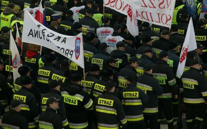 Będzie wielka manifestacja mundurowych w Warszawie