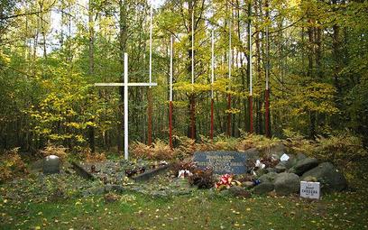 Zbiorowa mogiła Polaków zamordowanych w 1942 roku w Zgierzu, znajdująca się w pobliżu wsi Lućmierz-L