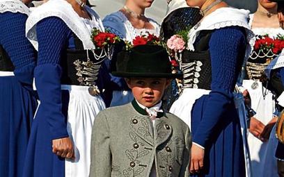 Mieszkańcy Bawarii są szczególnie przywiązani do miejscowych tradycji (na zdjęciu parada z okazji św