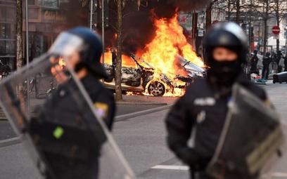 Zamieszki we Frankfurcie - gniew przeciwko nowej siedzibie EBC