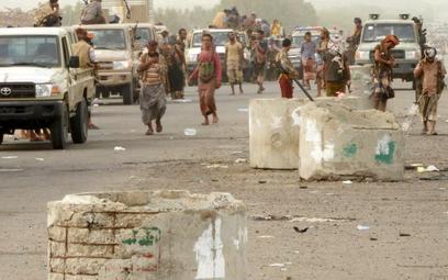 Jemeńskie siły rządowe w środę pod Hudajdą