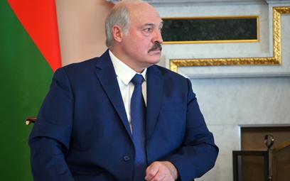 Łukaszenko zatrzymał Przyjaźń. Chce 3 mld dolarów od Putina