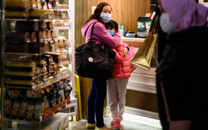 Hubert Salik: Jeden wirus, dwie pandemie
