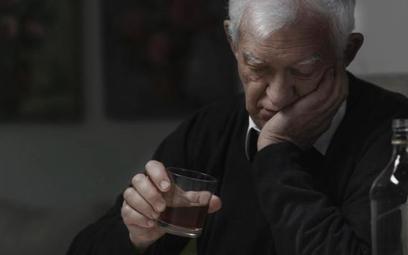 Zdaniem ekspertów przyczyną wzrostu samobójstw wśród osób starszych jest pustka związana z przejście
