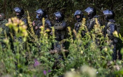 MON uszczelnia granicę z Białorusią. Więcej wojska i płot