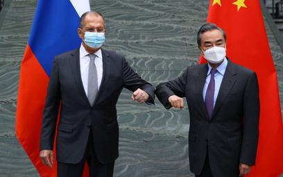 Ławrow w Chinach: Rosja nie utrzymuje stosunków z UE
