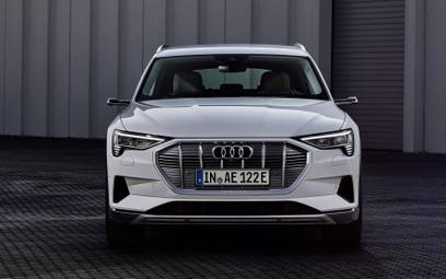 Audi e-tron 50 Quattro: Taniej, ale z mniejszym zasięgiem