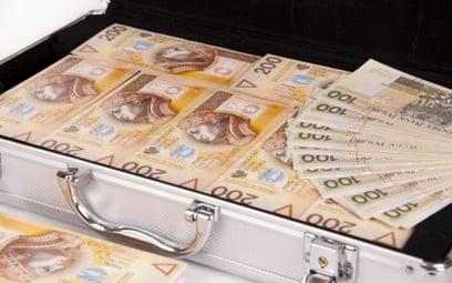 Wypłatę większej gotówki z banku trzeba wcześniej zapowiedzieć