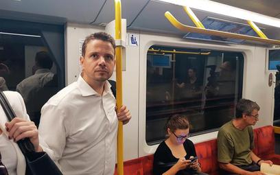 Autor artykułu wykonał to zdjęcie smartfonem, relacjonując kampanię Rafała Trzaskowskiego. Jego obec