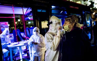 Masowe testy na koronawirusa na Słowacji. Zakażenie u mniej niż 1 proc. populacji