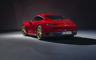 Porsche 911 Carrera: Podstawowa wersja z mocą 385 KM