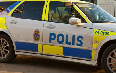 Szwecja: Wyszedł na ulicę z mieczem samurajskim. Policja oddała strzały ostrzegawcze
