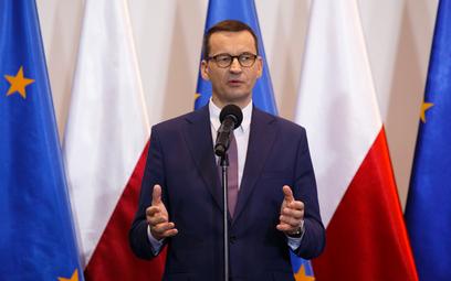 Sondaż: Spadek zaufania do rządzących Polską