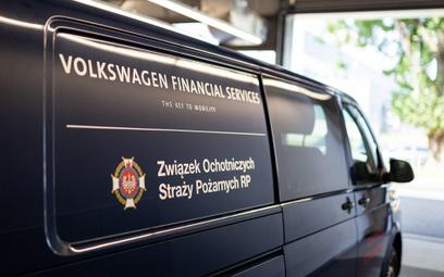 30 Volkswagenów dla strażaków