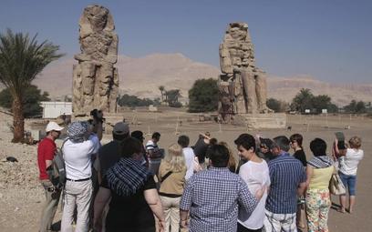 Rosną pensje egipskich przewodników