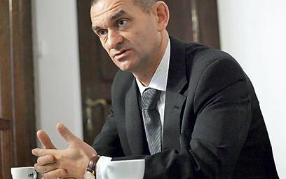 Andrzej Zwara, prezes NRA: – Adwokaci chcą pomagać ubogim, ale obawiają się konsekwencji karnych ska