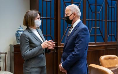 Prezydent Biden spotkał się w Białym Domu z Cichanouską