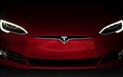 Tesla wyprowadza się z Kalifornii
