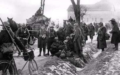 Żołnierze francuscy zimą 1939 r. Kilka miesięcy później Francja skapitulowała