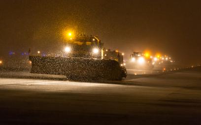 Na drogach setki tysięcy ton soli, armia pługów w gotowości