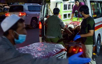 Państwo Islamskie przyznało się do zamachów w Kabulu