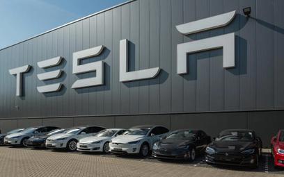 Jak Tesla przetrwa nadchodzący kryzys?
