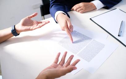 Tarcza 4.0. Kluczowe zmiany w prawie pracy – ograniczenie odpraw