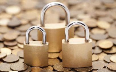 Blokada rachunków bankowych przez skarbówkę