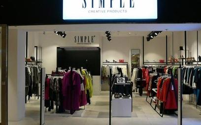 Właściciel 4F chce kupić Simple