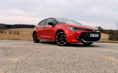 Toyota Corolla GR 2.0 Hybrid: Przewaga hybrydy