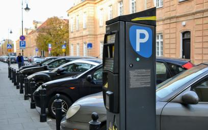 Miasta liczą zyski z wyższych opłat za parkowanie