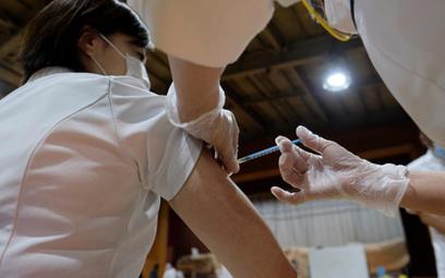 Japonia dopiero zaczyna szczepienia
