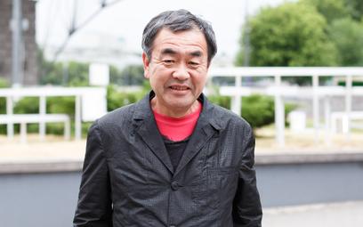 Kengo Kuma, projektant między innymi stadionu olimpijskiego w Tokio.