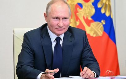Putin dusi inflację ręcznie. Sklepy muszą się tłumaczyć