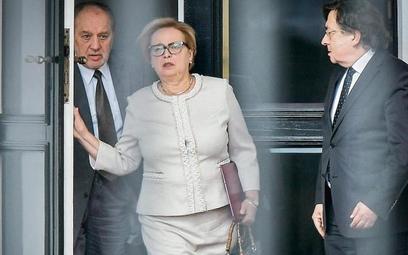 Czy I prezesem SN jest jeszcze Małgorzata Gersdorf (w środku) czy już Józef Iwulski, prezes Izby Pra
