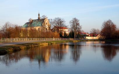 Zespół klasztorny jest jedną z atrakcji Lutomierska