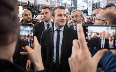 Macron zmienia smartfon i numer. Sprawka Marokańczyków?