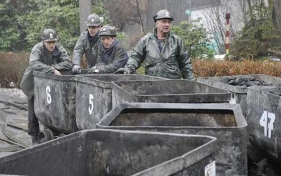 Górnicy przeciwko związkom zawodowym w JSW