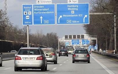 """Niemcy/ """"FAZ"""": nowa ekspertyza uzasadnia płacę minimalną dla kierowców"""