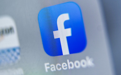 Awaria Facebooka. Wiemy, kto prowadzi profile polityków