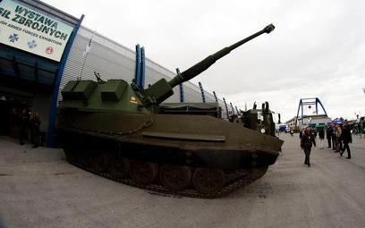 HSW: wojskowe zamówienia za miliard